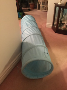 6 ft play tunnel for children or small pets