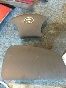 2006 Toyota Highlander airbags