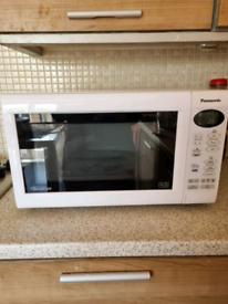 Panasonic White Microwave Big siz (free delivery in Bradford)