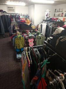Méga vente de vêtements extérieur plus de 1000morceaux tout à 1$