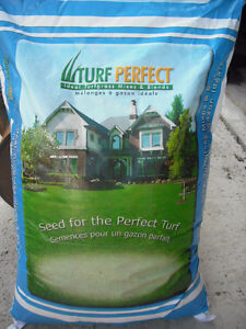 Professional, certified grass seed with jump start