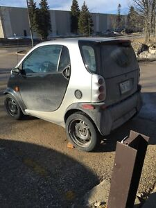 2006 smart car Fortwo, need gone!