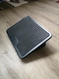 Amazon basics foot stand - adjustable