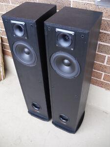 Polk Audio R30 2-Way Floor-Standing Loudspeaker Stereo Speakers