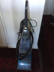 Bissell Steam Carpet Cleaner with stairs hand brush