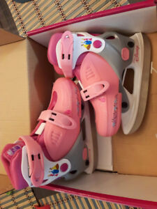 girl ice skate and puma shoes  4-5 yrs