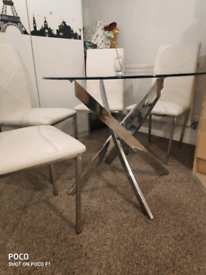 Glass dinning table with 4chairs