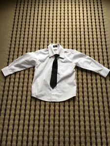 Size 4T dress shirt/clip-on tie