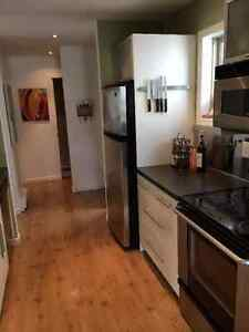 3-bd modern semi-furnished duplex for professional couple/family