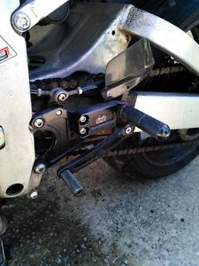 YAMAHA R6 2000 PARTING OUT Windsor Region Ontario image 5
