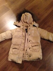 Winter coat Gap girl size 4