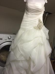 Beautiful David Bridal wedding dress