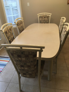FREE - Kitchen Table w/Leaf and 6 Chairs