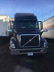 2014 VOLVO VN670 I SHIFT (3 AVAILABLE)