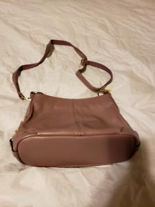 Purple purse $15