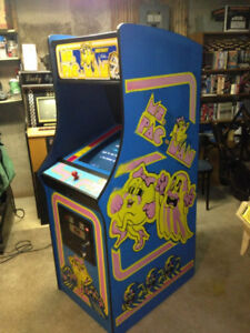 Ms. Pac-Man Original Arcade Machine - Stand-up 1981-82