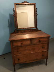 Canadian antique dresser from the 19th century