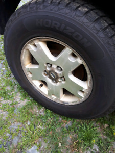 16 in Wheels and tires off 05 ford escape