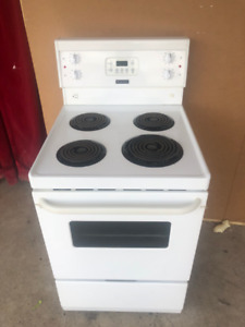 24 inch apartement size frigidaire stove for sale
