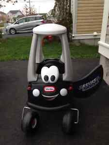 Cozy Coupe Patrol Car Ride-On Toy