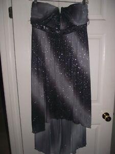 SIZE 18 STRAPLESS PROM DRESS