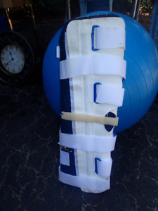 Leg brace, ankle brace and knee, elbow pads