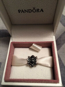 Pandora - Forget me not charm Kitchener / Waterloo Kitchener Area image 1