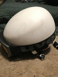 White, Red Snowboard helmet