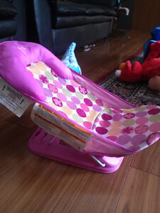 Adorable girl's baby bather - excellent condition