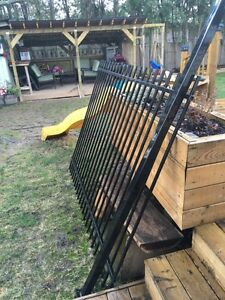 New black metal fence section plus 2 posts