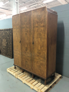 BEAUTIFUL AND RARE 1920's Vintage Solid Wood Bedroom Armoire