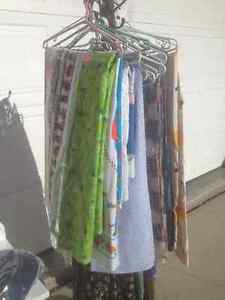 Moving! Fabric for sale! Scrap quilting, larger 2-3 M pieces!