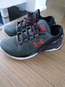 0c8dfa6a0ed8 Under Armour Stephen Curry 2.5 low