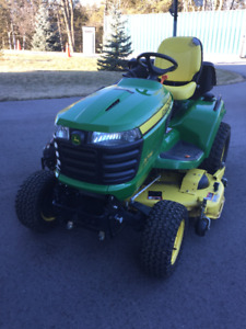 John Deere X739 4wd with all steer Mower Tractor