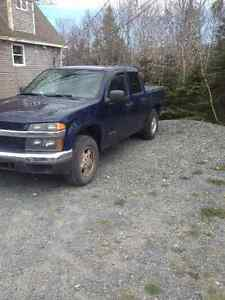 2004 Chevrolet Colorado Pickup Truck