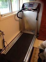 TRUE 25.0 Classic Professional Treadmill