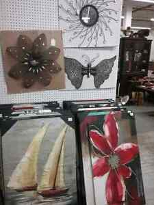 Metal wall art, Glassware, candles,  and more  Cambridge Kitchener Area image 3