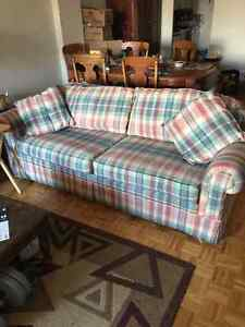 GOOD QUALITY COUCH WITH DOUBLE SIZE BED
