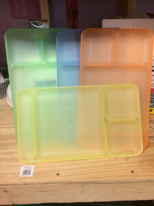 Tupperware NOS holiday dinner trays