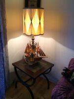 Table de salon Avec lampe