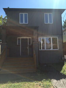 All Female House - only one room available!