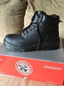 Brand new moosehead work boots