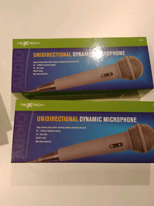2 nexxtech unidirectional dynamic microphones