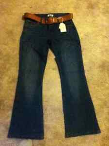 Womens Blue Jeans size 9 with Brown Belt