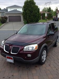 2009 Pontiac Montana Mini Van excellent condition
