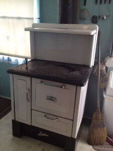 Antique Wood Burning Cook Stove - ACME