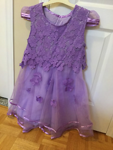 Party dress for young girls