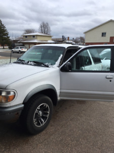 1997 FORD EXPLORER 4x4 *NEW TIRES/RIMS, BRAKES & BATTERY*