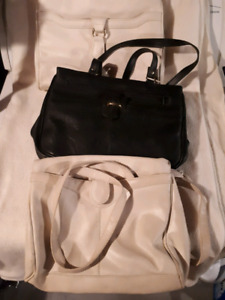Three ladies leather purses just like new $15 each or 3 for 25
