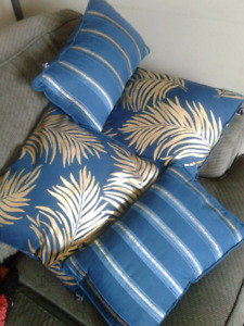 Throw pillows - never used